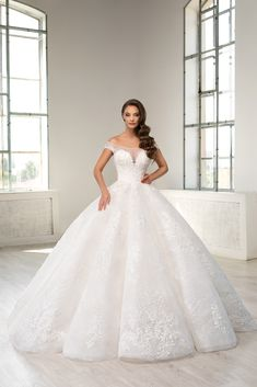 The Bride, Prom Dresses, Wedding Dresses, Wedding Suits, One Shoulder Wedding Dress, Hair Beauty, Gowns, Princess, Clothes