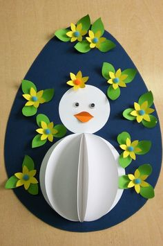 Ovo decorado com pintainho branco. Easter Art, Bunny Crafts, Easter Crafts For Kids, Easter Activities, Preschool Crafts, Art Drawings For Kids, Art For Kids, Diy And Crafts, Arts And Crafts