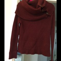 Miss Me Burgundy Sweater M This Sweater is gorgeous like new condition. Miss Me Sweaters Cowl & Turtlenecks