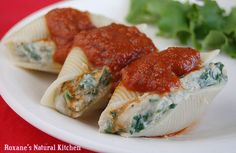 Roxanes Natural Kitchen - White Bean and Spinach Stuffed Shells