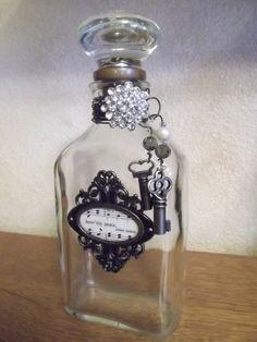 Vintage Bottle embellished ornate door knob key by tawnystreasures, $40.00