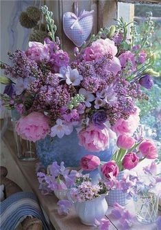 Peonies, lilac and freesias bouquet My Flower, Fresh Flowers, Beautiful Flowers, Pastel Flowers, Summer Flowers, Flower Diy, Beautiful Bouquets, Romantic Flowers, Shabby Flowers