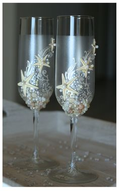 Pearl Wedding Glasses. Wedding champagne glasses hand painted. Champagne Glasses For Beach Wedding. €40.00, via Etsy.