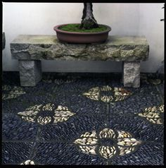 darker stones are nice.  I also like the bench-would go with my granite blocks!