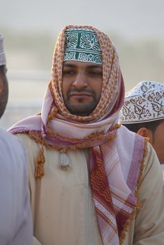 Omani man in Nizwa photographed by CharlesFred via flickr
