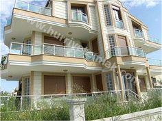 Dikili Salihlerde Satılık 7 Odalı Müstakil Villa GÜVEN EMLAK'tan