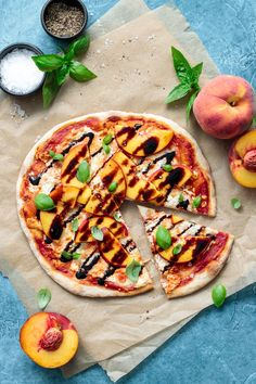 Summer Peach Pizza recipe with goat cheese and balsamic drizzle Healthy Appetizers, Healthy Snacks For Kids, Easy Healthy Recipes, Healthy Cooking, Appetizer Recipes, Vegetarian Recipes, Dinner Recipes, Spicy Recipes, Healthy Dinners