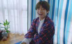 """the big smile 💙______💙"" Taehyung Smile, V Taehyung, Taekook, Bts Bangtan Boy, Seoul, Dancer, Like4like, Wattpad, Actors"