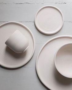 On my Wish List: Minimal Ceramic Tableware by Melo Studio - Nordic Design - knives Ceramic Tableware, Ceramic Mugs, Ceramic Pottery, Kitchenware, Ceramic Cafe, Slab Pottery, Ceramic Bowls, Pretty Things, Modern Ceramics