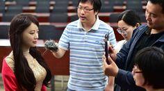 Jia Jia è il robot umanoide che ha conquistato la Cina Jia Jia è il nuovo sorprendente risultato delle ricerche condotte dalla University of Science and Technology of China. Dalle sembianze assolutamente realistiche, può interagire con gli esseri umani. #robot #tecnologia #hi-tech