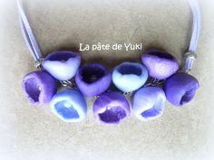 """Collier """"Fleurs de printemps"""" violet en pâte polymère : Collier par lapatedeyuki"""