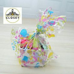 Check out this item in my Etsy shop https://www.etsy.com/listing/229284452/small-bow-gift-baskets