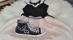 This video is about How to Bedazzled Converse or sneakers with crystals, Converse Makeover. You will need: -A pair of Converse sneakers work great. --E6000 g...