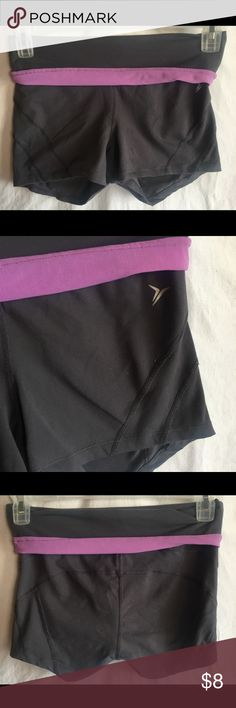 """Old Navy Active Womens Athletic Shorts Size Medium Old Navy Athletic Women's Purple & Gray Roll Top Athletic Shorts Size Medium  Style#: 898420-02 Measurements-  Waist: 28""""  Rise: 6.5""""  Inseam: 2""""      Customer service is my #1 priority! I strive to not only meet, but to exceed the standard. If for any reason you are unhappy with your order, I will make it right!    Thank you for supporting small business! Old Navy Shorts"""