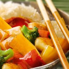 Chicken sweet and sour like the Chinese - Kochen - Turkey Recipes, Chicken Recipes, Vegetarian Recipes, Cooking Recipes, Healthy Recipes, Party Food Meat, Asian Recipes, Ethnic Recipes, Yum Yum Chicken