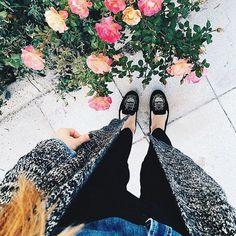 Wake up its Friday Y'all!!! / Hadi uyanın gençler bugün Cumaaaaaaa  @cocobolinho _________________________________ #duranayaklar #shoes #shoesoftheday #shoesaddict #shoeslover #feet #sneakersoftheday #foot #vsco #vscocam #fashion #instafashion #fashionlovers #moda #follow #like4like #travel #blogger #instablogger #fromwhereistand #gununfotografi #gununkaresi #photooftheday #love #beautiful #instagood #goodmorning #günaydın #tgif