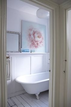 Shabby chic bathroom with rose print