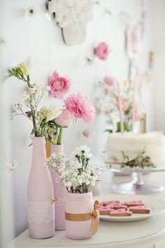 5 Intelligent Tricks: Vases Diy Mosaic geometric vases with flowers.Geometric Vases With Flowers. Vase Arrangements, Vase Centerpieces, Vases Decor, Cool Ideas, Alice, Clear Vases, Large Vases, Big Vases, Vase Crafts