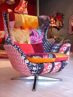 Si algo me enamora es el color! Encontré estos fabulosos sillones y no puedo dejar de verlos! Ahhh cuanto daría yo por tener uno en mi departamento. Simplemente son los sillones de mis sueños! La tienda Squint se encuentra en Londres, un poco lejos! Fotos Vía Squint