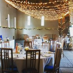 Another great #lightingdesign from @oakwoodevents. #uftoncourt #weddingdecor #venuestyling