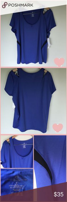 Blue 2X Cold Shoulder Workout Top Brand: Fashion to Figure (NWT) Description: Blue Cold Shoulder Workout Top Color: Blue Black Print: Solid Feature: Scoop neckline, Cold Shoulder Size: 2X Fabric: Polyester, Spandex  Measurements: (inches) Chest Width: 24 Shoulder: 16 Sleeve: 7 Waist (flat across): 23 Length: 27 (Shoulder to Hem)  Care: Wash with Like Colors Condition: NWT, never worn All measurements are approximate and the fit may vary based on manufacturer. Fashion to Figure Tops Tees…