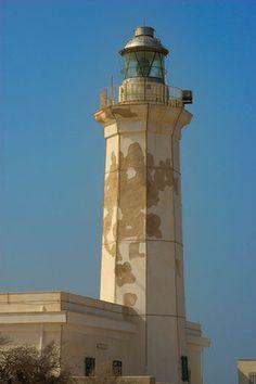 #Lighthouse - #FARO DI LAMPEDUSA - #Italy http://dennisharper.lnf.com/