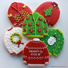 #christmas #cookies #christascookies #christmassweater #christmassweatercookies #cookiedecoration #holidayfood #hungry #yummy