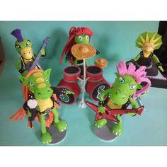 Adorno De Torta Heavysaurios - Muñecos - $ 340,00 en Mercado Libre Yoshi, Bowser, Birthday, Party, Kids, Character, Theme Parties, Jelly Beans, Free Market