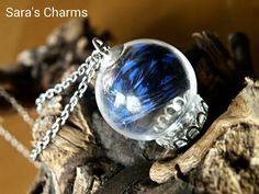 Glaskugelkette Feder dunkelblau von Sara´s Charms auf DaWanda.com