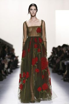 Valentino Ready To Wear Fall Winter 2014 Paris...Wow imagine this in your wedding theme. Get that designer look without the designer $$$, have it custom-made.