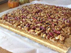 VÍKENDOVÉ PEČENÍ: Medové řezy s ořechy Krispie Treats, Rice Krispies, Cereal, Oatmeal, Cheesecake, Cooking, Breakfast, Recipes, Food