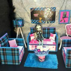 pinkrosemh Couch Möbel MH für Barbie Puppenstube Monster Puppe 30cm High Frankie in Spielzeug, Puppen & Zubehör, Mode-, Spielpuppen & Zubehör | eBay