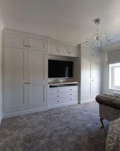 Built In Bedroom Cabinets, Bedroom Built In Wardrobe, Bedroom Built Ins, Fitted Bedroom Furniture, Fitted Bedrooms, Bedroom Closet Design, Master Bedroom Closet, Tv In Bedroom, Home Decor Bedroom