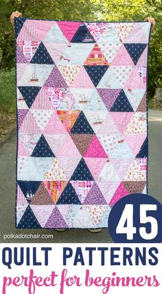 Triangle Quilt 2019 How to make a triangle quilt a simple tutorial to make a quilt using triangles. A great quilt project for a beginning quilter. The post Triangle Quilt 2019 appeared first on Quilt Decor. Triangle Quilt Tutorials, Triangle Quilt Pattern, Quilting Tutorials, Quilting Projects, Quilting Designs, Quilting Patterns, Triangle Quilts, Beginner Quilt Patterns Free, Fat Quarter Quilt Patterns