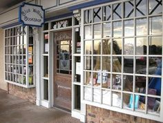 Blue Willow Bookshop is a cozy Houston bookstore located in West Memorial area, and was established in October 1996. Find out more here!