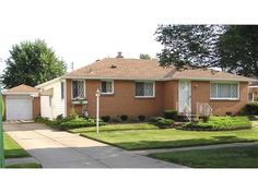 MJ Peterson Real Estate -- 170 SANTIN CHEEKTOWAGA, NY -- SPACIOUS BRICK & FRAME RANCH IN U-CREST AREA! NOTHING TO DO BUT MOVE IN. HARDWOOD FLOORS BELIEVED TO BE UNDER CARPET IN LIVING ROOM, DINING ROOM & BEDROOMS. NEWER MANINGTON LAMINATE FLOORING IN KITCHEN WITH UPDATED CUPBOARDS, CORIAN COUNTER-TOPS, BUILT-IN ELECTRIC OVER & COOKTOP, STAINLESS SINK & FAUCET. NEWER ARCHITECTURAL ROOF (approx. 6 mos old!). NEWER VINYL WINDOWS, NEWER FURNACE, HOT WATER TANK, ALL NEW COPPER PIPING, NICE...