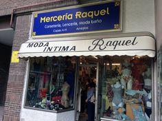 #MerceríaRaquel lleva 30 años atendiendo al público en el sector de #lencería, #corsetería, moda de #baño, #complementos y #composturas.