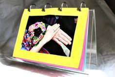 Farbenfrohes Foto-Display aus langweiligem Schweden-Gerät