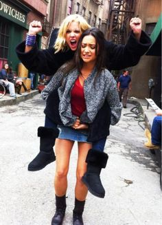 Ashley Benson & Shay Mitchell. Now we know what goes on on the set of Pretty Little Liars