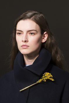 Victoria Beckham Fall 2017 Fashion Show Details - The Impression