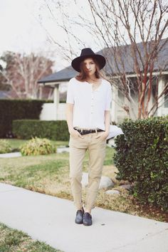 http://blog.freepeople.com/2013/02/bethany-struble-snakes-nest-styles-1-tee-3-ways/