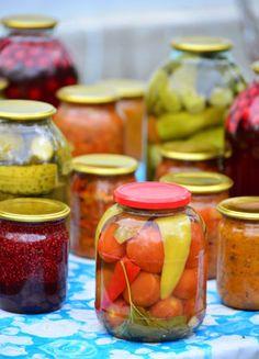 Broccoli, Mason Jars, Vegetables, Food, Salads, Essen, Mason Jar, Vegetable Recipes, Meals