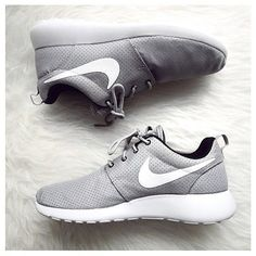 Find nike roshe run at ShopStyle. Shop the latest collection of nike roshe run from the most popular stores - all in one place. Nike Shoes Cheap, Nike Free Shoes, Nike Shoes Outlet, Running Shoes Nike, Cheap Nike, Toms Outlet, Nike Tenis, Nike Shox, Cute Shoes