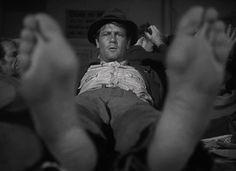 Sullivan's Travels (1941, Preston Sturges) / Cinematography by John F. Seitz