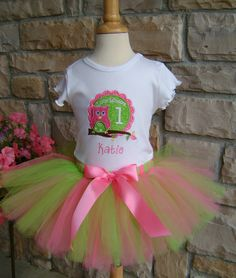 1st Birthday Owl Outfit.  Love this but with an all pink tutu
