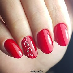 Having a nail stylist is clearly the thanks to go however generally we tend to don't have the time or the budget to invariably move to a nail salon on every occasion we would like to be gala. particularly throughout Christmas Season as a result of we regularly hit our budgets shopping for gifts for our friends and families. The
