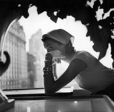 From TIME magazine. Legendary photographer Gordon Parks' fashion photography captured the beauty and opulence of the and elite with carefully orchestrated framing and composition Gordon Parks, Park Photography, Vintage Photography, Fashion Photography, Berlin Park, Moda Pin Up, Foto Poster, Moda Vintage, Vintage Black