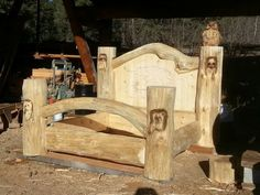 A creation by the Timber King from Pioneer Log Homes. Bed made out of dead standing pine .Ken added some bear and racoon carvings and a horse relieve carving into the head board. An Owl watches over. Can you sleep with that many eyes on you?☺