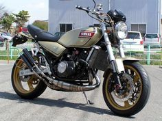Yamaha RZ350 (RD350LCII) (liquid cooled) is a motorcycle powered by a twin-cylinder two-stroke engine, reed valved 347 cc engine. The bore and stroke are 64 mm × 54 mm (2.5 in × 2.1 in). Coming out in 1983, it was the evolution ofYamaha's popular and well known RD350 (1972–75) and RD350LC (1980–86). Production was carried on into the 1990s and a different version with no YPVS power valve in the engine was used in Yamaha's Banshee ATV until its final model year in 2006 in the United ...