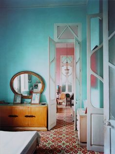 Soft colors with a great tile floor.